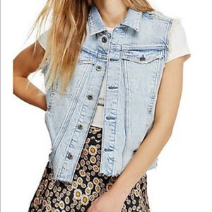 NEW WITH TAGS Free People Zoe Vest